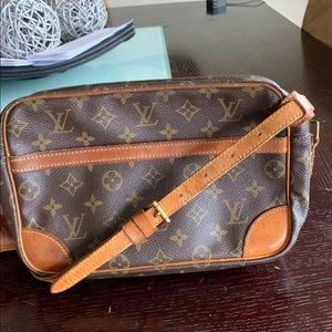 Louis Vuitton Trocadero Crossbody - Make an offer!